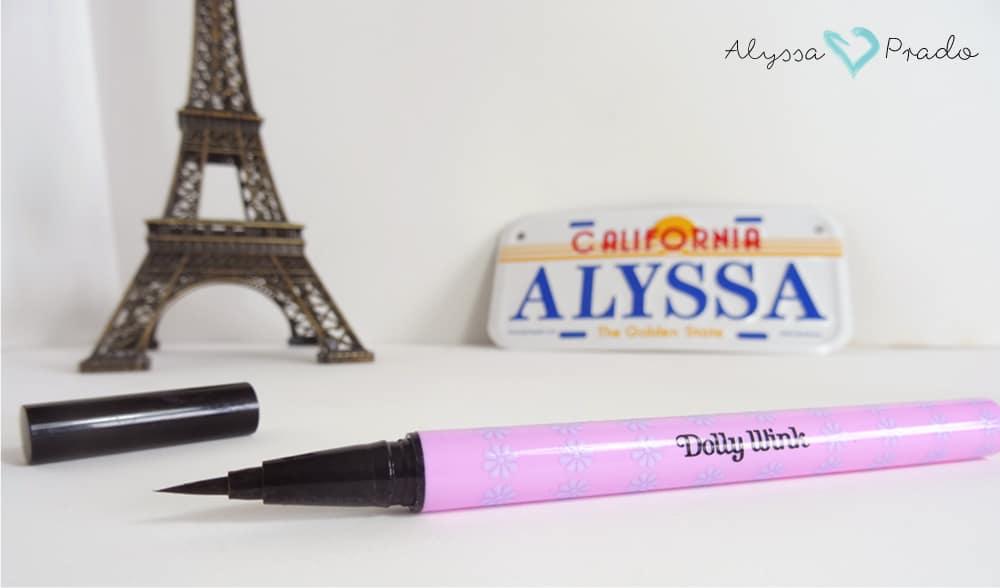 Delineador em caneta Dolly Wink Liquid Eyeliner