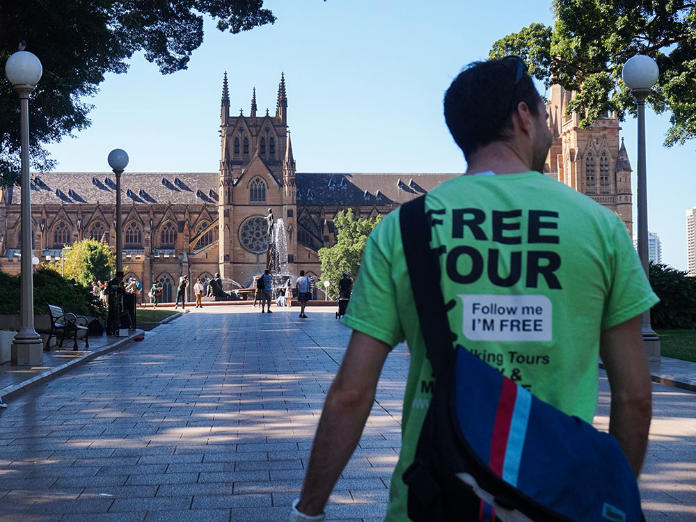 Quer fazer um passeio guiado pelos locais em Sydney? Então leia esse post e conheça tudo sobre o Walking Tour Grátis em Sydney!