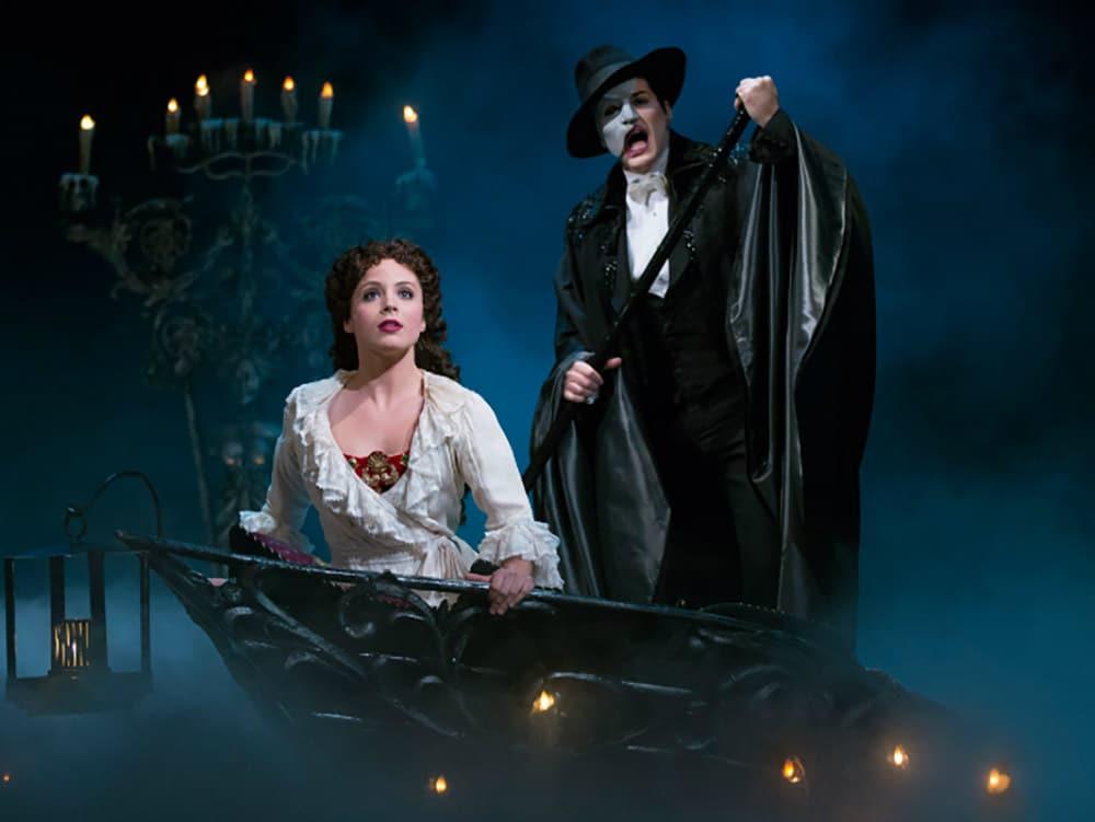 Não sabe o que fazer em Nova York? Então leia mais sobre O Fantasma da Ópera na Broadway, sucesso em cartaz há 30 anos!