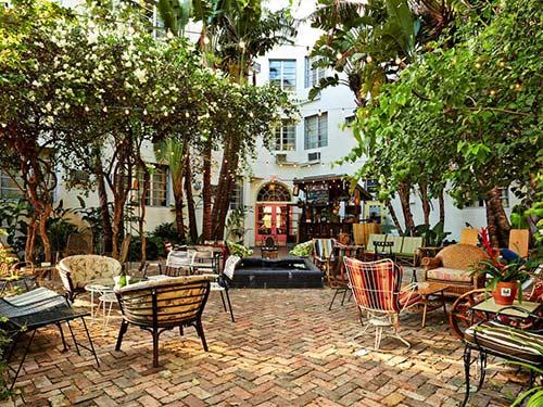 Descubra onde se hospedar em Miami nesse post! Dicas dos melhores bairros e hotéis para a sua viagem!