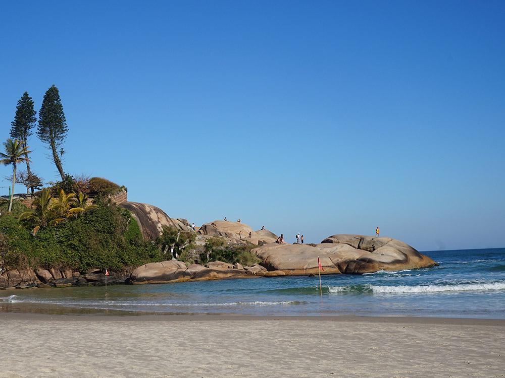 Praia da Joaquina. Descubra as melhores praias de Florianópolis nesse post!