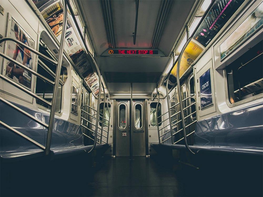 Descubra como usar o metrô de Nova York nesse post! Dicas de como comprar o MetroCard, como navegar pelo metrô e como não se perder!