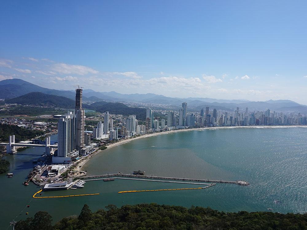 Descubra o que fazer em um dia em Balneário Camboriu! Dicas das melhores atrações e praias!