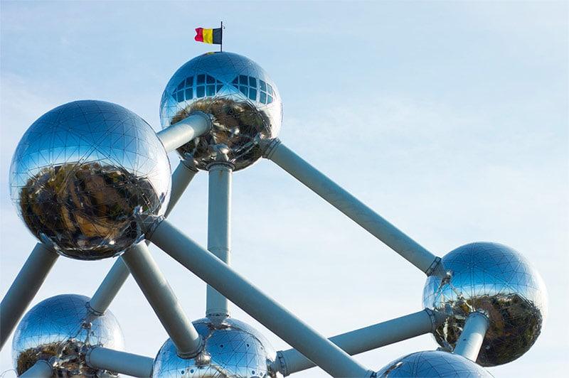 O Atomium é uma das principais atrações de Bruxelas.